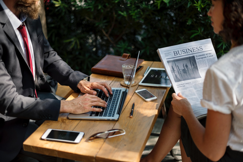 Жените и мажите низ бројки: на интернет и во бизнис и финансискиот сектор
